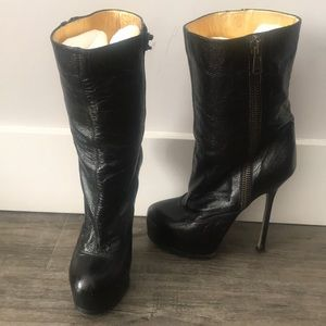 YSL TRIBUTE BOOTIE
